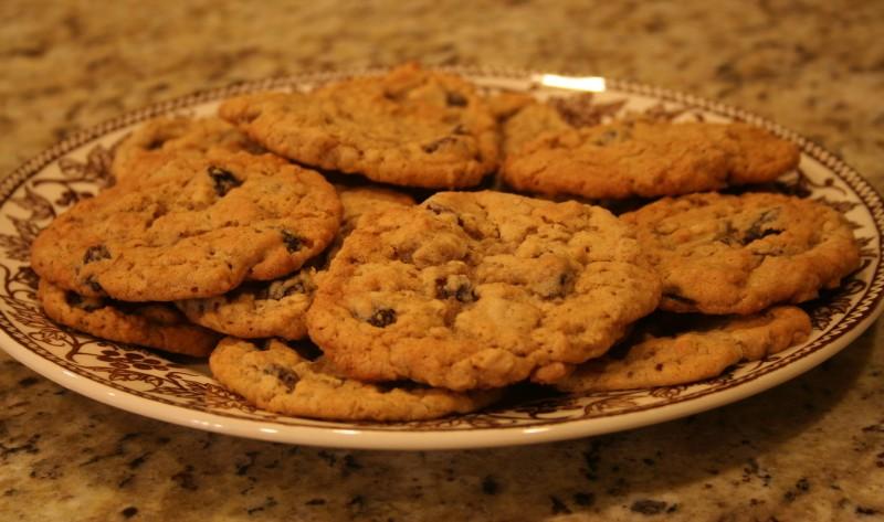 Chewy Gooey Oatmeal Raisin Cookies | Tasty Kitchen: A Happy Recipe ...