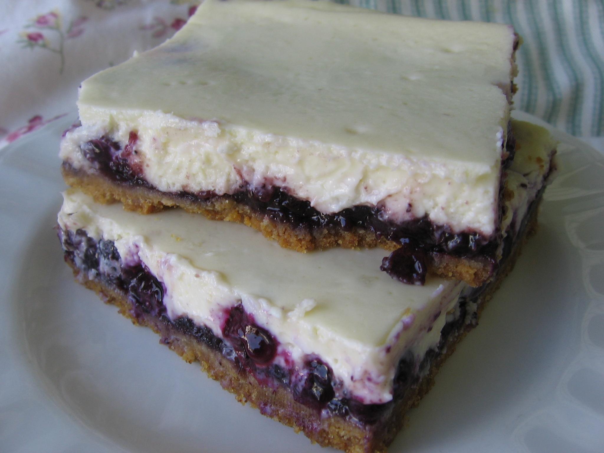 Easy Blueberry Cheesecake Bars