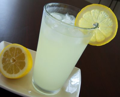 Stacey's Best Homemade Lemonade | Tasty Kitchen: A Happy Recipe ...