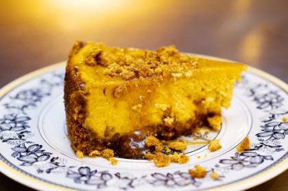 Caramel Pumpkin Gingersnap Cheesecake | The Pioneer Woman