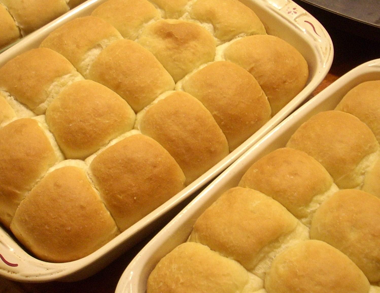Heavenly Yeast Rolls