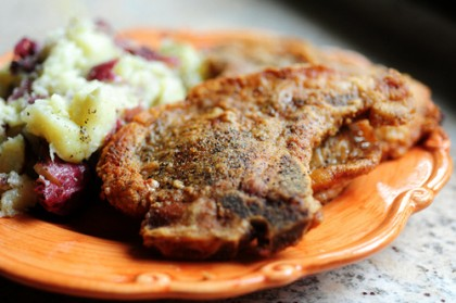 Simple Pan Fried Pork Chops