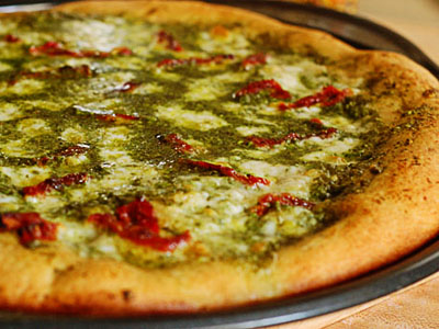 Pesto Pizza with Sun-dried Tomatoes | Tasty Kitchen: A ...