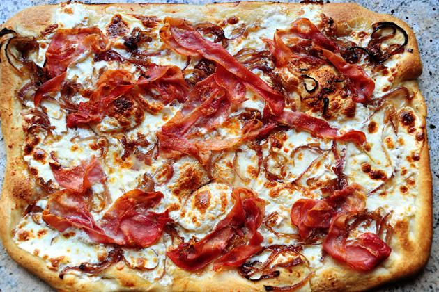 Caramelized Onion & Prosciutto Pizza | Tasty Kitchen: A Happy Recipe ...