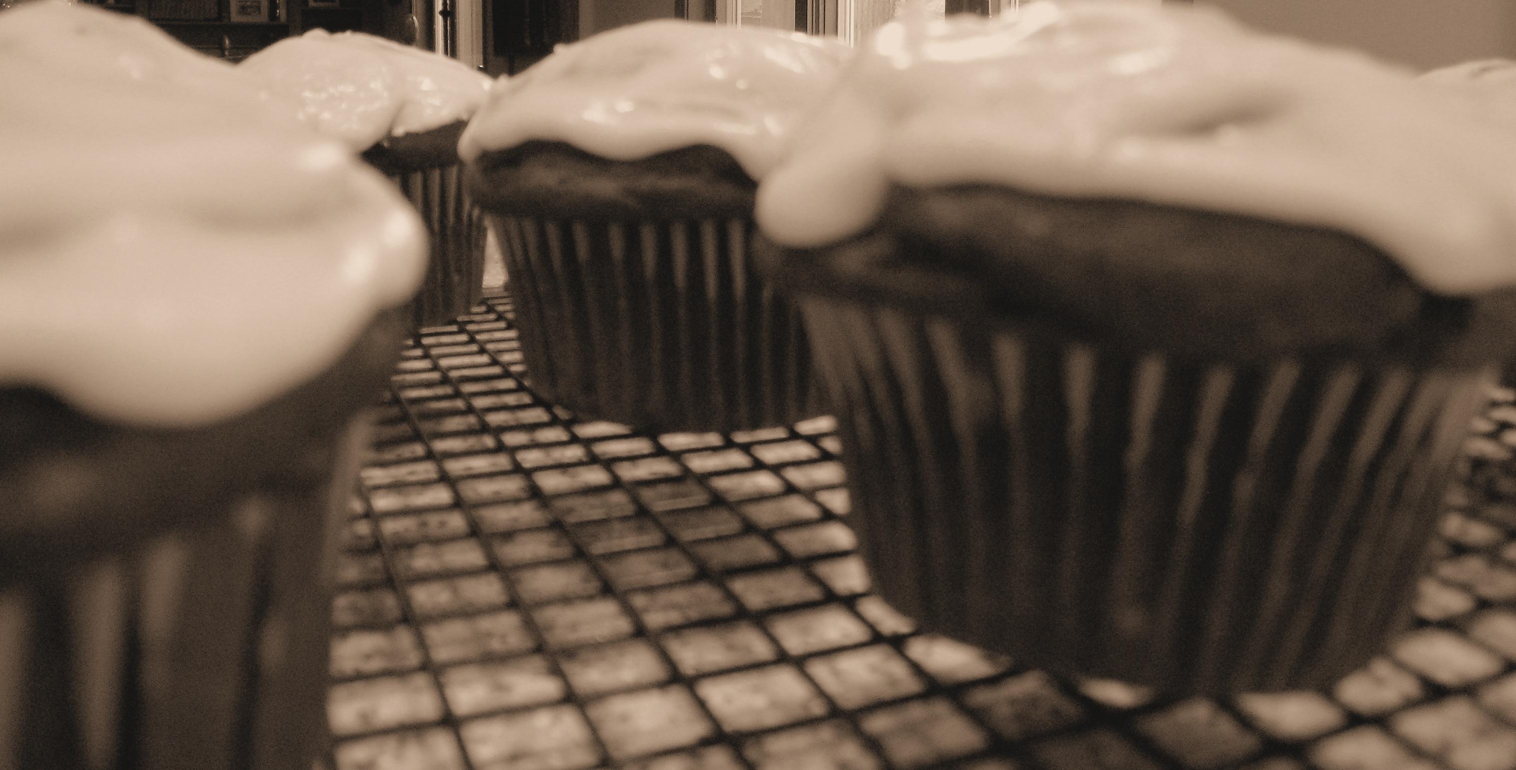 Devil's Food Cupcakes with Vanilla Buttercream Glaze | Tasty Kitchen ...