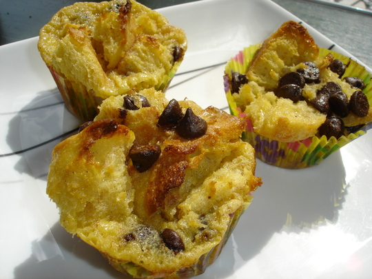 Heavenly Chocolate Chip Bread Pudding Muffins | Tasty Kitchen: A Happy ...