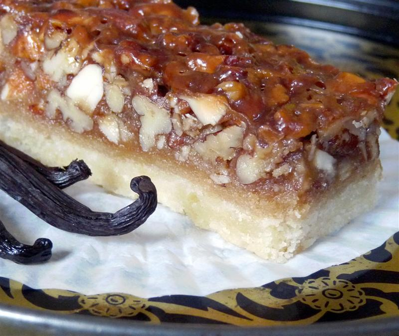 Butteryum s vanilla nut bars tasty kitchen a happy for Food52 bar nuts
