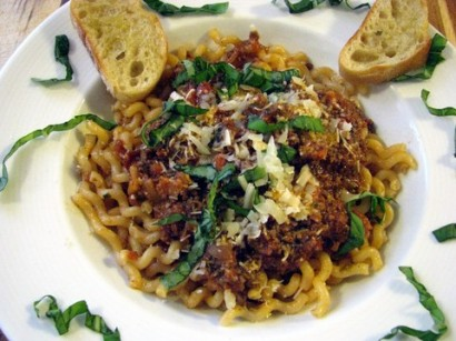Pasta Bolognese (Pasta with Bolognese Sauce) | Tasty Kitchen: A Happy ...