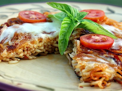 "Fried Spaghetti ""Pizza Margherita""   Tasty Kitchen: A Happy Recipe ..."