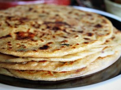 Aloo Paratha (Potato Stuffed Flatbread) | Tasty Kitchen: A Happy ...