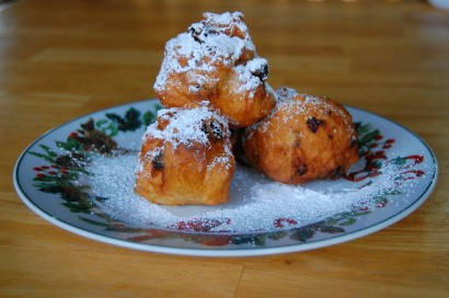 Oliebollen Dutch New Years Donuts Tasty Kitchen A Happy Recipe Community