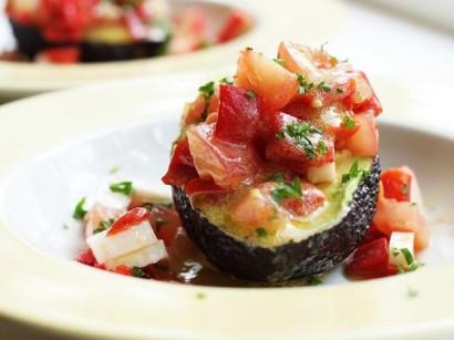 Салаты с соусом из авокадо с фото