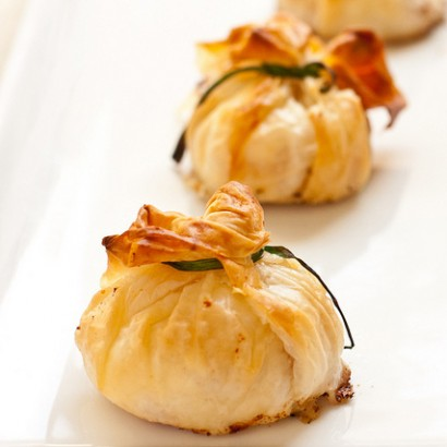 Goat cheese and bacon phyllo purses tasty kitchen a for Phyllo dough recipes appetizers indian