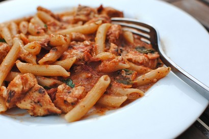Penne With Creamy Tomato Sauce And Grilled Chicken