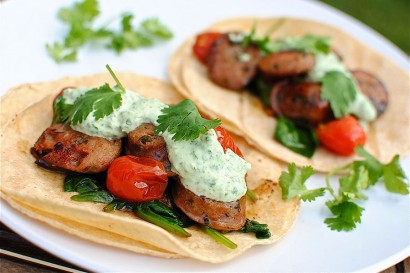 Chicken sausage tacos with cilantro yogurt sauce tasty for Greek yogurt fish taco sauce