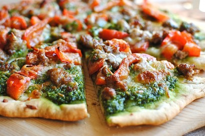 recipe: talian pesto pizza [3]