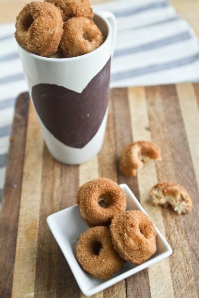 Whole Wheat Banana Nut Doughnuts | Tasty Kitchen: A Happy Recipe ...