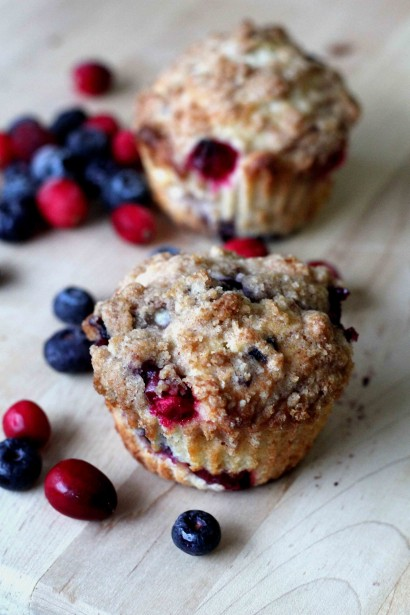 Blueberry and Cranberry Crumb Muffin | Tasty Kitchen: A Happy Recipe ...