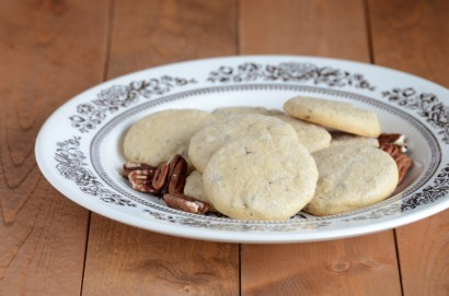 Maple Pecan Shortbread Cookies | Tasty Kitchen: A Happy Recipe ...