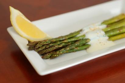 Roasted Asparagus with Garlic-Lemon Yogurt Sauce   Tasty Kitchen: A ...