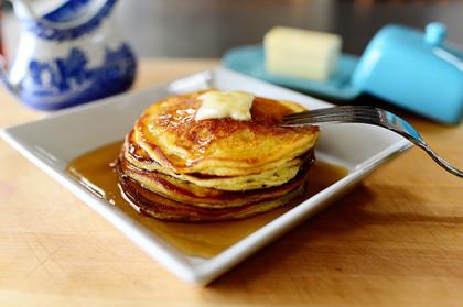 Pancakes with sour cream - recipe