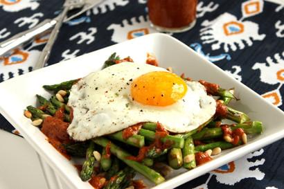 Warm Asparagus Salad with Roasted Tomato Vinaigrette | Tasty Kitchen ...