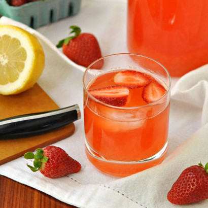 Strawberry Rhubarb Lemonade | Tasty Kitchen: A Happy Recipe Community!