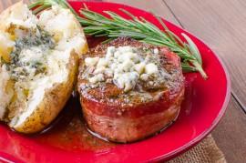 Cabernet and Gorgonzola Burger Sliders | Tasty Kitchen: A ...