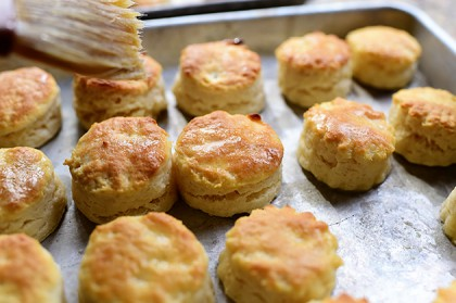 how to make homemade biscuits with self rising flour