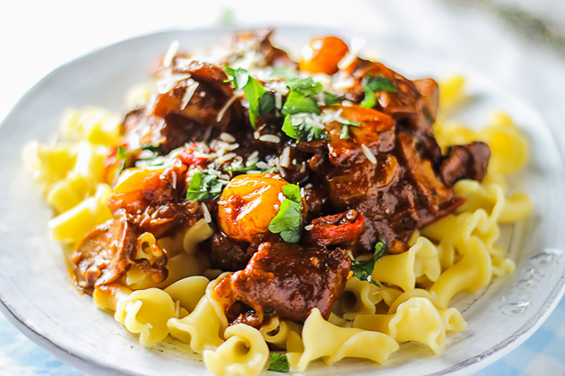 Braised-Beef-with-Caramelized-Onions-and-Mushrooms-by-Bita-@-Honest ...
