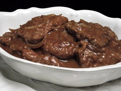 Slow Cooker Cube Steaks And Gravy Tasty Kitchen A Happy Recipe