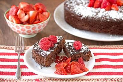 Flourless Dark Chocolate Cake | Tasty Kitchen: A Happy Recipe ...