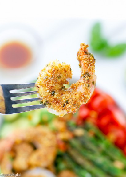 Sriracha Almond Crusted Shrimp Salad Tasty Kitchen A