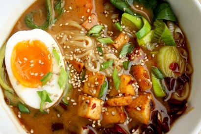 Healthy Ramen with Rice Noodles, Tofu and Veggies | Tasty Kitchen: A ...