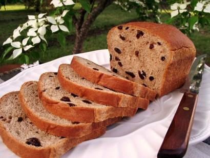 Cinnamon Raisin Graham Bread Tasty Kitchen A Happy