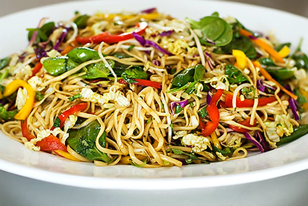 Tasty Kitchen Blog: Happy Chinese New Year! (Asian Noodle Salad, recipe from Ree Drummond)