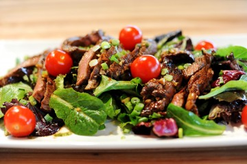 Tasty Kitchen Blog: Main Dish Salads (Ginger Steak Salad, from Ree Drummond of The Pioneer Woman)