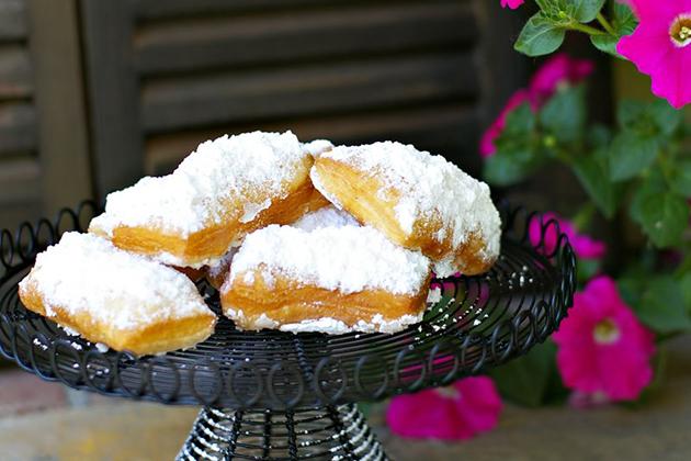 Tasty Kitchen Blog: Meet Nicole of Noshings (Beignets)