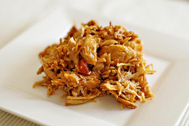 Tasty Kitchen Blog: Meet Nicole of Noshings (Chicken Mexicali)