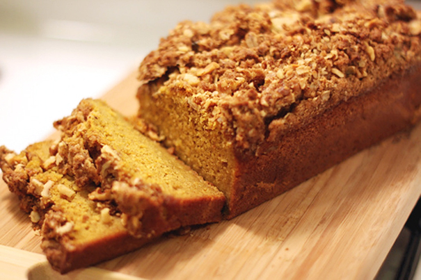 Tasty Kitchen Blog: Meet Shaina of Food for My Family (Streusel-Topped Pumpkin Bread)