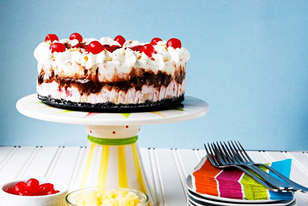 Tasty Kitchen Blog: Banana Split Ice Cream Cake. Guest post by Alice Currah of Savory Sweet Life, recipe submitted by TK member Annalise Ree (cuddelsandcomfortfoods) of Sweet Anna's.