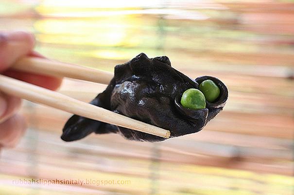Tasty Kitchen Blog: Fill 'em Up! (Goldfish Dumplings, from Rubber Slippers in Italy)