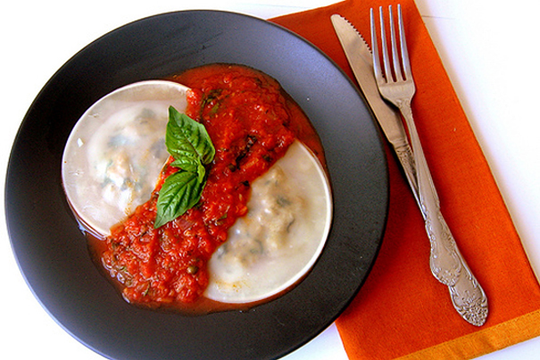 Tasty Kitchen Blog: Fill 'em Up! (Meat Ravioli with Puttanesca Sauce, from Asha of Fork Spoon Knife)