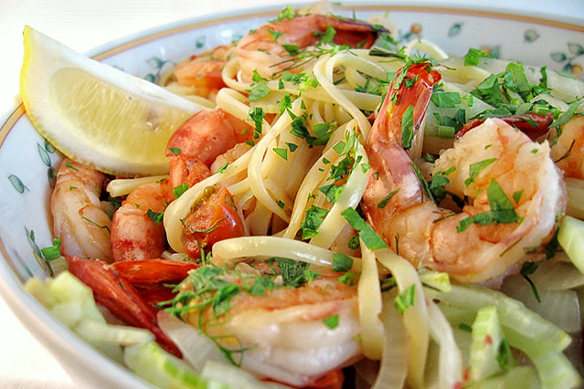 Tasty Kitchen Blog: Looks Delicious! (Linguine with Seafood, Fresh Fennel and Tomatoes, submitted by TK member Erica of Apricosa)