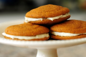 Tasty Kitchen Blog: Pumpkin Creme Pies. Guest post by Amy Johnson of She Wears Many Hats, recipe submitted by TK member The Deutsch Girl.