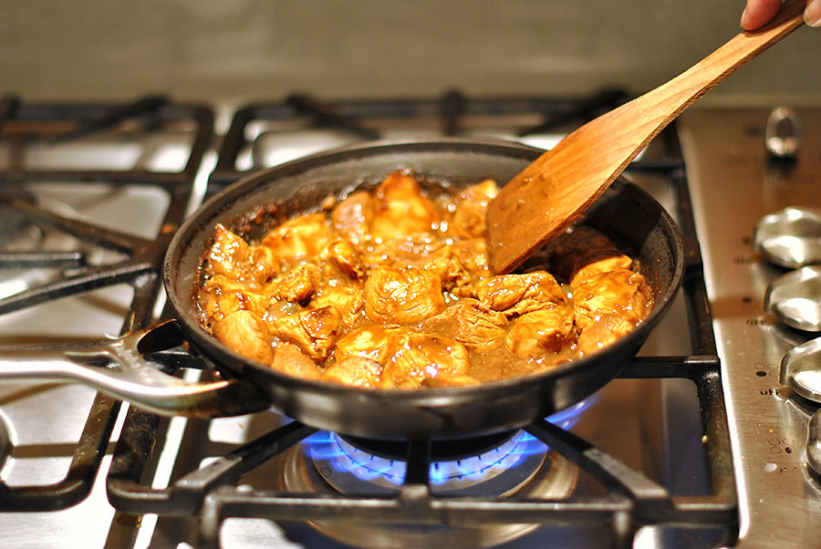 Tasty Kitchen Blog: Thai Honey Peanut Chicken. Guest post by Maggy Keet of Three Many Cooks, recipe submitted by TK member spygirl.
