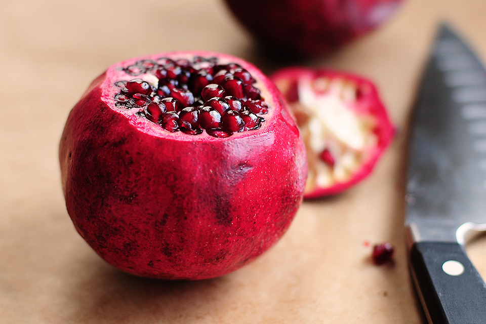 Tasty Kitchen Blog: How To Open a Pomegranate. Guest post by Amy Johnson of She Wears Many Hats.
