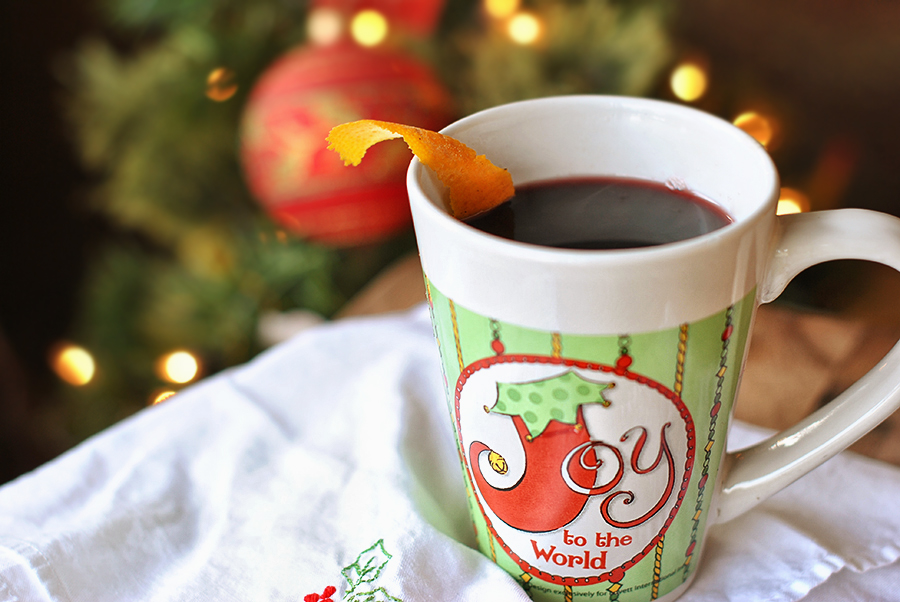 Tasty Kitchen Blog: Mulled Wine. Guest post by Maggy Keet of Three Many Cooks, recipe from Three Many Cooks.