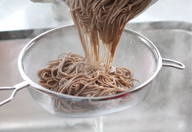 Tasty Kitchen Blog: Last Minute Sesame Noodles. Guest post by Maria Lichty of Two Peas and Their Pod, recipe submitted by TK member Aggie of Aggie's Kitchen.