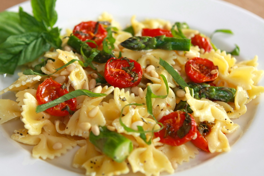 Tasty Kitchen Blog: Bowtie Pasta with Oven Dried Tomatoes Asparagus and Boursin. Guest post by Calli Taylor of Make It Do, recipe submitted by TK member Dorothy of Belle of the Kitchen.